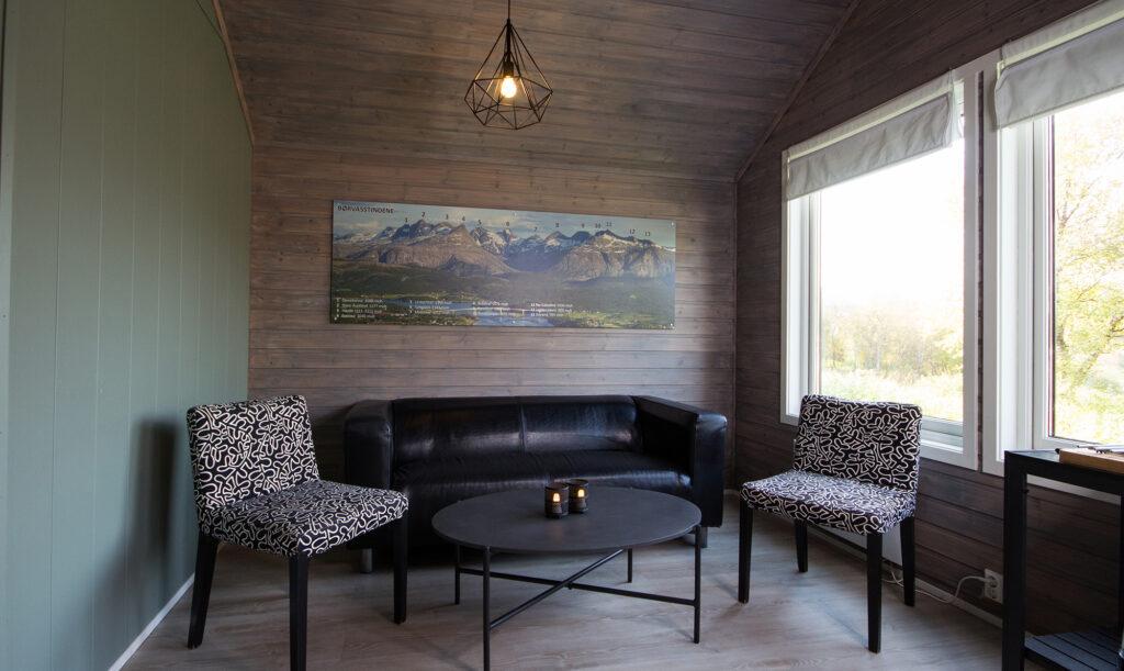 Sofa og stoler fra stuen i hyttene våre